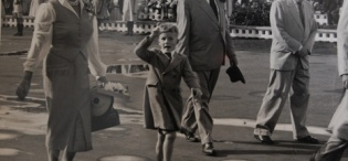Governor of Uganda Sir Andrew Cohen and his family depart from Uganda on 6th January 1957