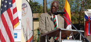 Prof. Nelson Sewankambo gives the opening remarks during the SMC Launch on 11th December 2012, Makerere University Hospital, Kampala Uganda