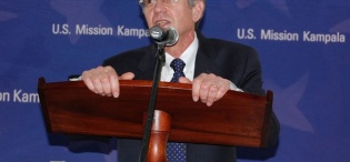 US. Deputy Secretary of State James Steinberg reacts to questions from the audience after he delivered his Public Lecture on US Foreign Policy in Africa, 4th February 2011, Makererere University, Kampala Uganda