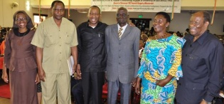 Members of the late Mwalimu Julius Nyerere family pose with Rwot Ananiya Akera (3rd R), during the UEA celebrations, 29th June 2013, Makerere University, Kampala Uganda